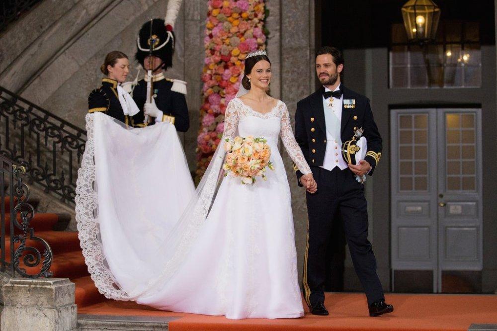 Princess-Sofia-Sweden-Wedding-Dress